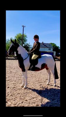 show_2630/thumbnail-Kelsey_bishop_and_Shemika_snip_ridden_.jpg
